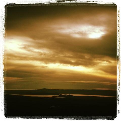 View kang Taal Lake