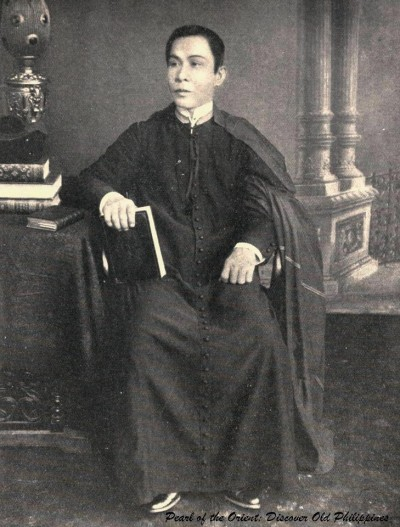 'A Native Padre of the Philippines' (1898) PearloftheOrient:DiscoverOldPhilippines/https://facebook.com/DiscoverOldPhilippines