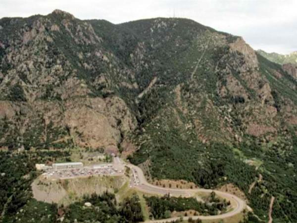 Cheyenne Mountain Complex /www.norad.mil via google