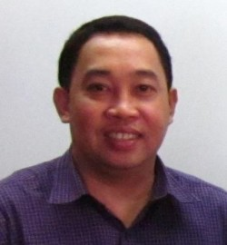 John Yohann Gepullano /Taga-Guimbal, Iloilo kag Principal II sang Camangahan Elem. School sa amo nga banwa. Sia ang Education Program Coordinator (ART) sang DepED, Iloilo; Executive Council (ExeCon) Member 2014-2016 sang National Committee on Cultural Education (NCCED), sangka Sub-Commission on Cultural Dissemination (SCD) sang National Commission of Culture and the Arts (NCCA), kag National Trainer in Teaching Art. Isa man sia ka photographer.