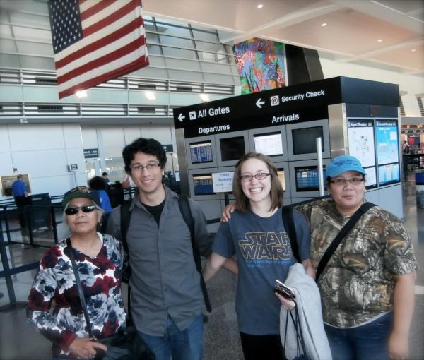 Ako, si Matthew, si Chelsea, kag si Inday sa Logan Airport.