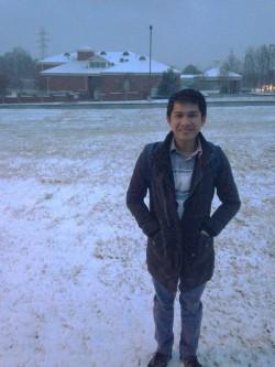 Una nga eksperyensya kang snow samtang nagahulat kang Cat Bus paagto sa Clemson University.
