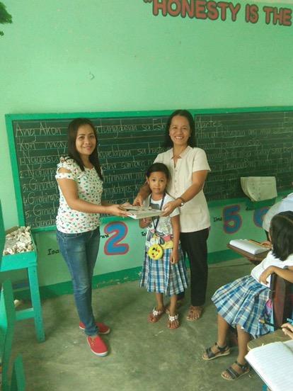 Donasyon kang libro sa Barasanan Elementary School.